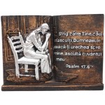 Aplica în forma de carte cu text biblic ,,Strig către Tine, căci m-asculţi, Dumnezeule! Pleacă-Ţi urechea spre mine, ascultă cuvântul meu! Ps.17.6